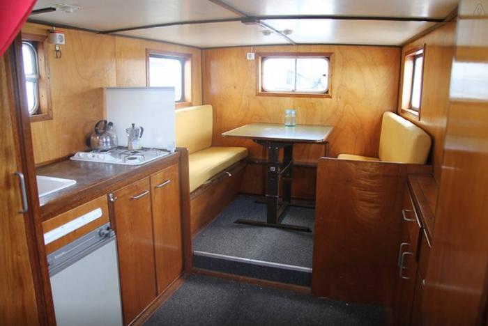 Airbnb netherlands amsterdam boat